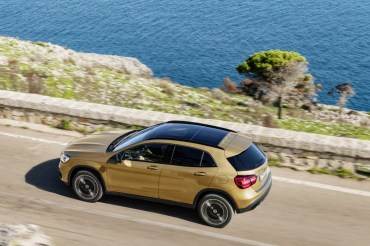 Mercedes-Benz GLA 2017 - 11